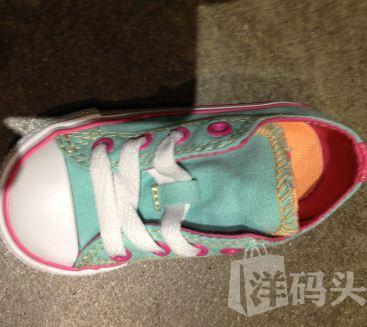 Converse匡威两个鞋舌童鞋