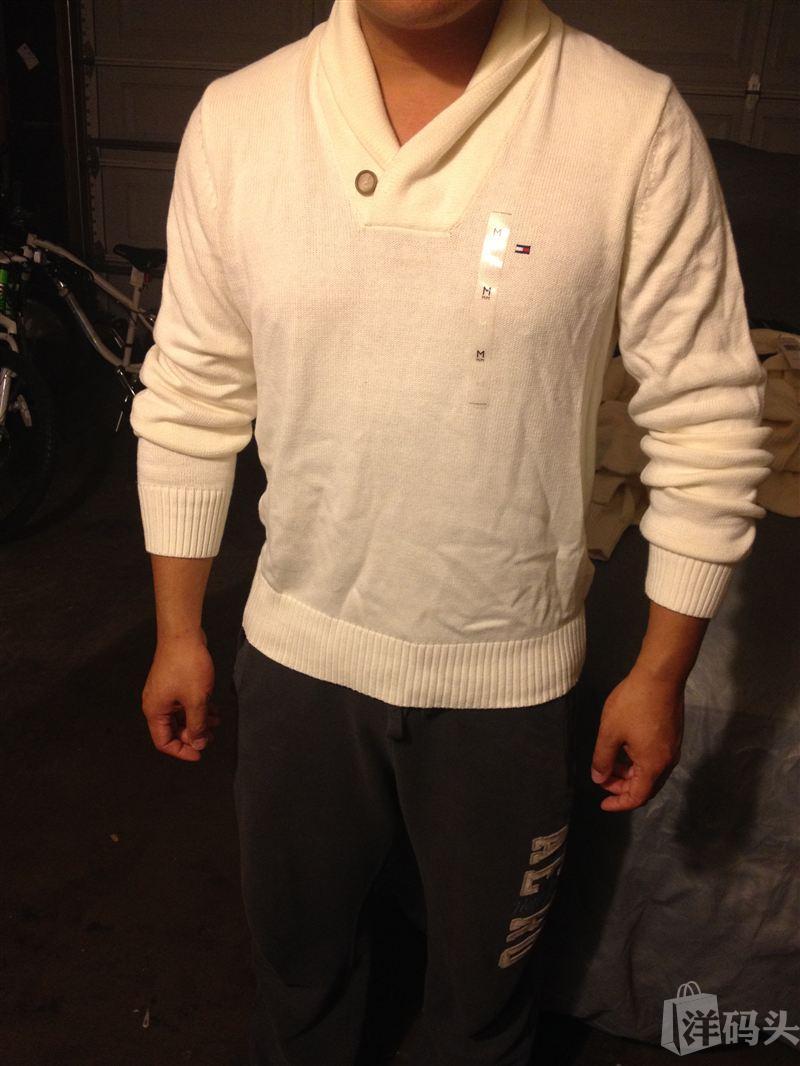 Tommy男士针织衫,特殊领口设计