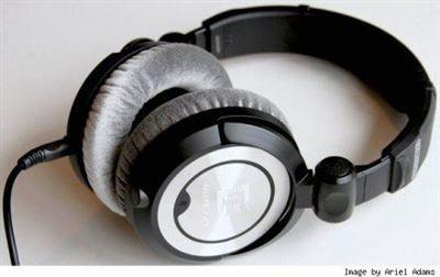 极致Ultrasone PRO 900 S-Logic环绕耳机