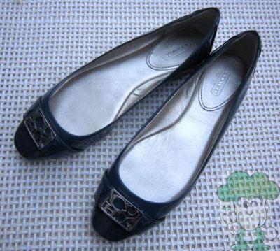 COACH 金属LOGO漆皮平底芭蕾鞋(37.5-38)